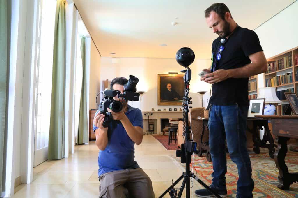 מצלמת 360 insta 360 pro מתוך סט צילומים מוזיאון ויצמן סרט ב 360